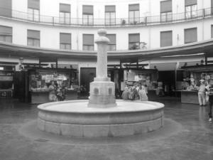 Schwarz-Weiß Aufnahme vom Plaza Redonda