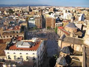 Blick vom Glockenturm El Miquelete über die Dächer von Valencia